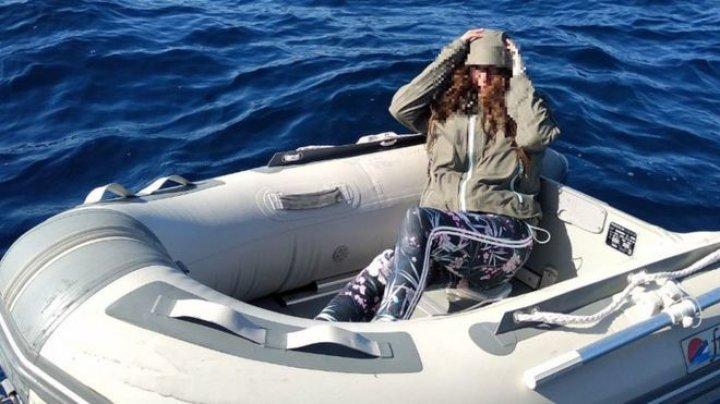 O turistă pierdută în larg, în apropierea Greciei, a supraviețuit mâncând dulciuri