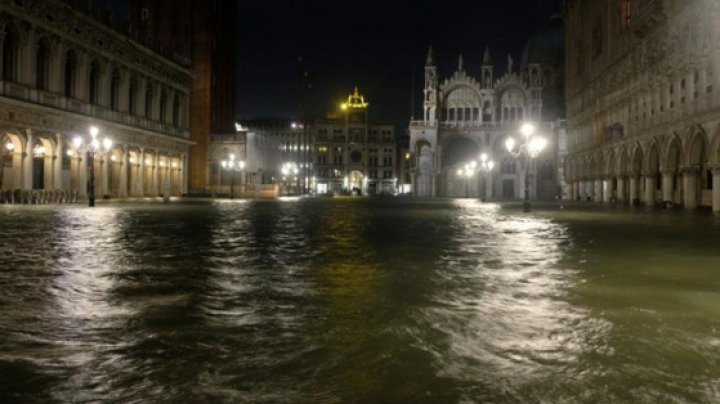 Veneţia: Valoarea pagubelor în urma inundaţiilor s-ar putea ridica la sute de milioane de euro