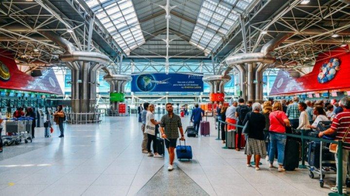 Cel puţin şaisprezece zboruri anulate în cea mai aglomerată zi pe aeroportul din Lisabona