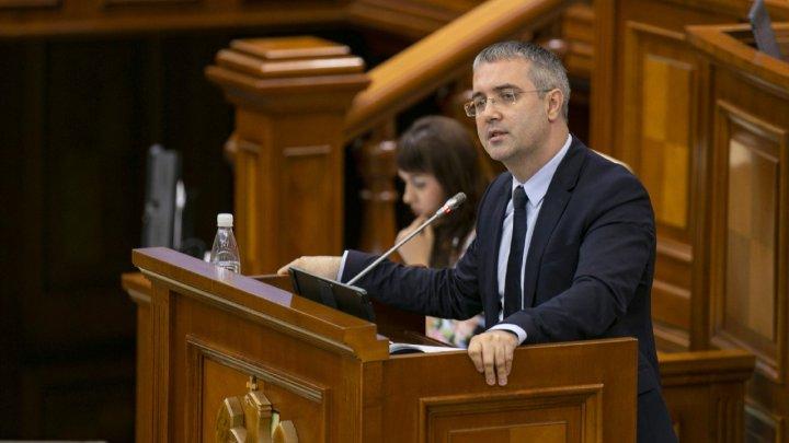 Reacția autorului legii ANTI-PROPAGANDĂ despre intenţia socialiştilor: Riscurile sunt foarte mari