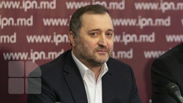 Vlad Filat spune cum a fost posibilă eliberarea lui şi dacă Dodon şi Sandu au fost implicaţi în acest proces