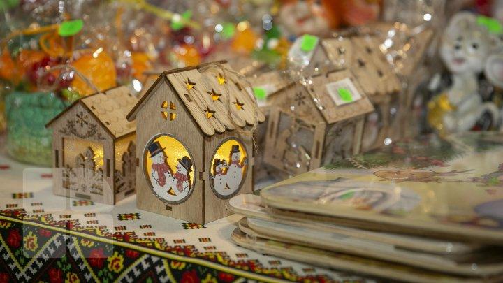 Imagini rupte din poveste! VEZI cum arată Târgul de Crăciun de la Moldexpo (FOTOREPORT)