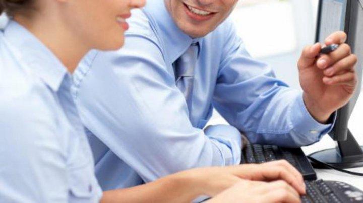 Sondaj: 70% dintre directorii financiari la nivel global susţin că pot oferi siguranţă la locul de muncă