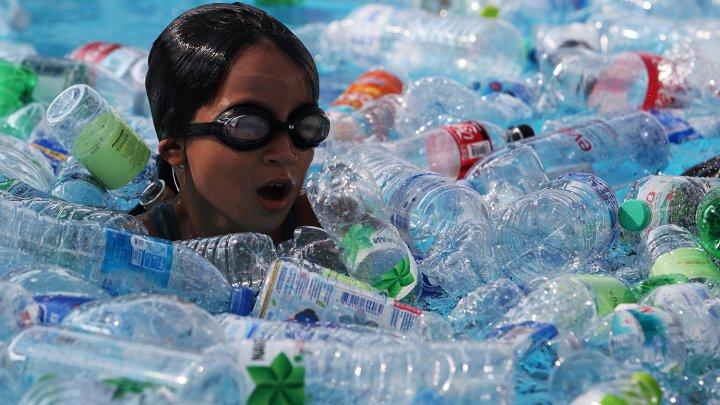 Planeta noastră, viitorul nostru: Zeci de oameni au schimbat plasticul pe un săpun natural