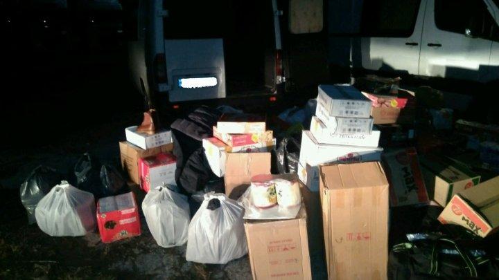 GHINION pentru un şofer care şi-a ticsit microbuzul cu bunuri de contrabandă, în valoare de 200.000 de lei
