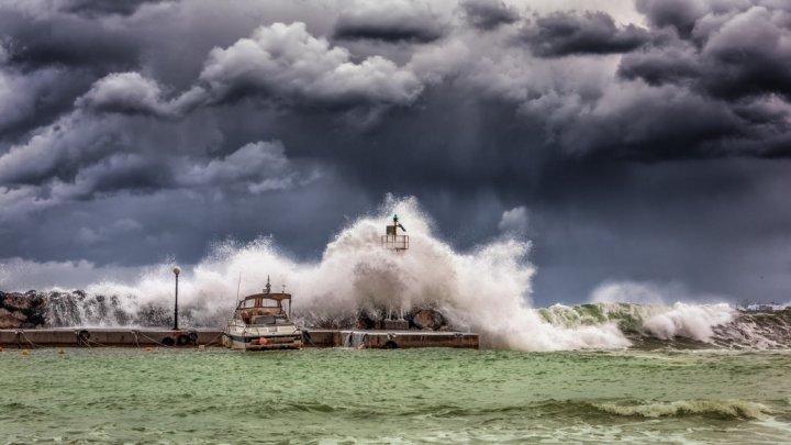 Dezastru în Portugalia, din cauza furtunei Elsa. Cel puțin patru persoane au murit