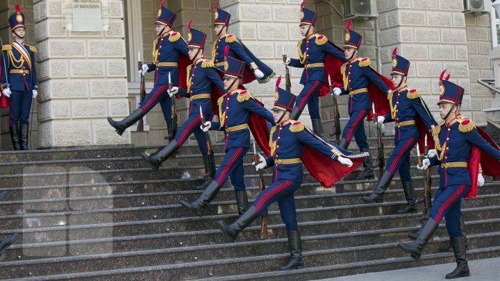 La mulți ani, POLIȚIA NAȚIONALĂ. Se împlinesc 29 de ani de la fondare (FOTOREPORT)