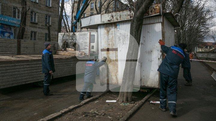 45 de gherete, evacuate: Oamenii care au rămas fără lucru vor beneficia de suport financiar