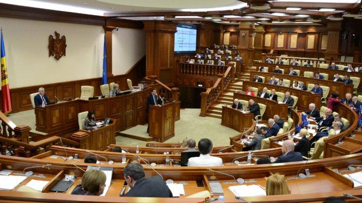 Proiectul bugetului de stat pentru anul 2020, votat în prima lectură de Parlament. Care vor fi veniturile şi cheltuielile