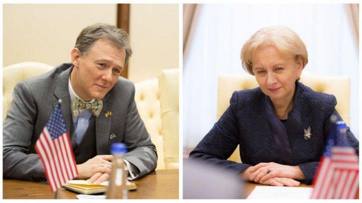 Întâlnire de gradul zero. George Kent s-a întâlnit cu liderul socialiştilor din Moldova