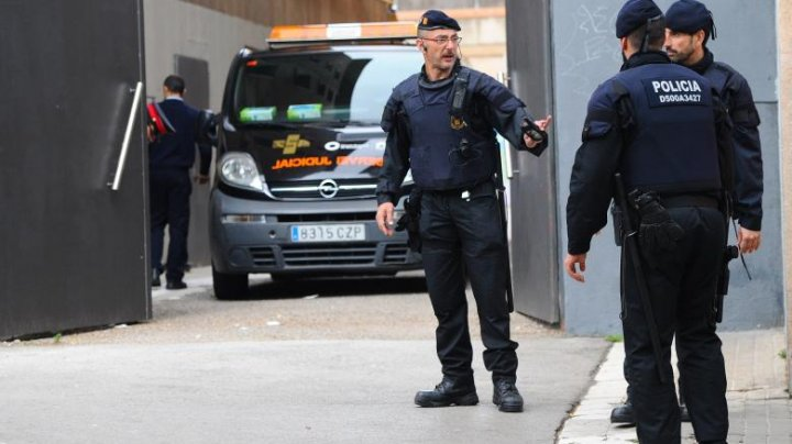 Operaţiunea Dracu în Spania. Trei români au fost arestați pentru trafic de persoane