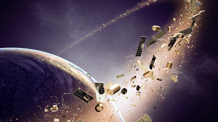 """ESA pregăteşte un robot pentru scoaterea de pe orbita terestră a gunoaielor spaţiale: """"Problema deşeurilor, mai presantă decât oricând"""""""
