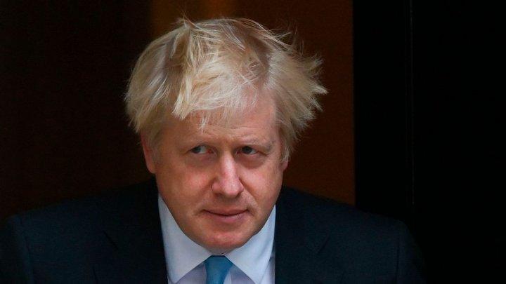 Boris Johnson: Britanicii nu mai pot continua să fie prizonieri ai crizei COVID-19