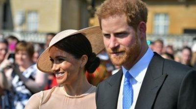 Harry și Meghan vor pierde titlurile regale și nu vor primi bani publici