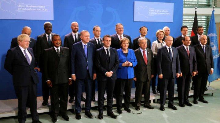 Conferinţă de pace la Berlin: Acord privind respectarea embargoului asupra armelor