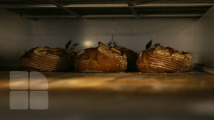 Moldovenii preferă pâine artizanală coaptă fără drojdii, din făină integrală (FOTOREPORT)