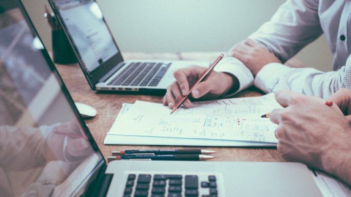 Antreprenorii își vor putea înregistra afacerea de la distanță