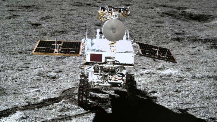 Roverul selenar Yutu-2 a parcurs 357.695 metri pe pata întunecată a lunii