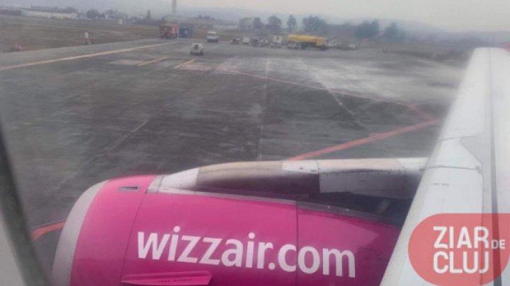 """""""Eram în aer şi ieșea fum de la motor"""": Un avion a aterizat de urgenţă în Polonia"""