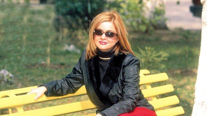 Cristina Ţopescu a fost încinerată. Ştefan Bănică Jr., la căpătâiul fostei jurnaliste