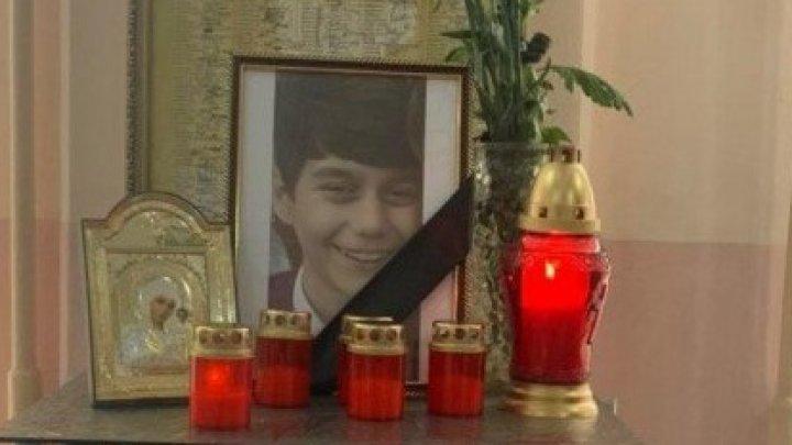 Adolescentul din Orhei, care a ucis un copil pentru o consolă de jocuri, condamnat la 10 ani și 6 luni închisoare