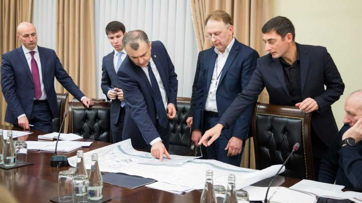 Premierul Ion Chicu a evaluat etapa de executare a lucrărilor complexului Arena Chișinău