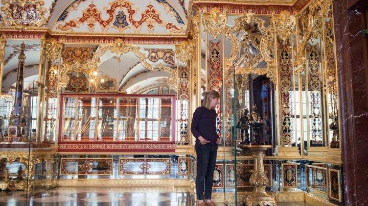 Două dintre bijuteriile furate de la muzeul Grünes Gewölbe din Dresda, oferite spre vânzare în Israel