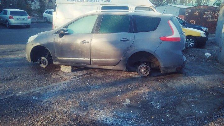 Dimineaţă cu GHINION pentru un şofer din Capitală. A rămas fără cuvinte când şi-a văzut maşina. Vezi ce s-a întâmplat (FOTO)