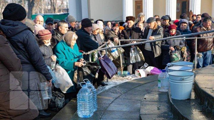 Creştinii ortodocşi de stil vechi sărbătoresc, astăzi, Boboteaza