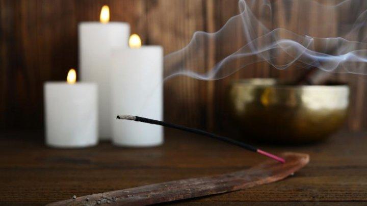 PERICOLUL din bețișoarele și lumânările parfumate. Unele conțin substanțe cancerigene
