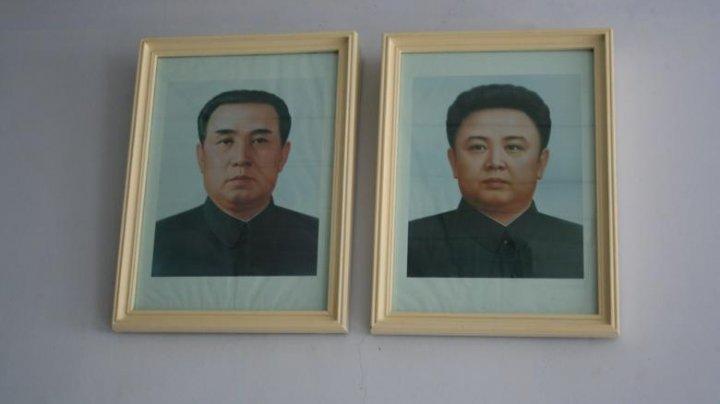O mamă din Coreea de Nord riscă închisoare pentru că și-a salvat copiii dintr-un incendiu, în locul portretelor cu liderii țării