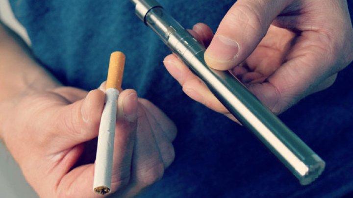 Studiu: Utilizarea ţigărilor cu tutun şi a celor electronice, asociată cu un risc mai mare de accident vascular cerebral