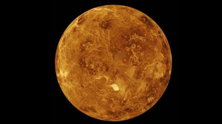Un studiu recent sugerează că Venus ar putea avea activitate vulcanică