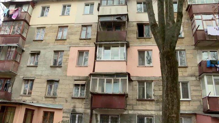 Un vecin de coşmar. Locuitorul unui bloc din sectorul Rîşcani al Capitalei şi-a incediat apartamentul pentru a patra oară în ultimii doi ani