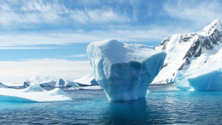 Antarctica înregistrează un nou record de temperatură. Cât de accelerat se încălzeşte Polul Sud