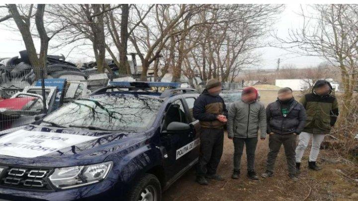 FOCURI DE ARMĂ la frontiera de stat. Planul pus la cale de un moldovean şi trei cetăţeni străini
