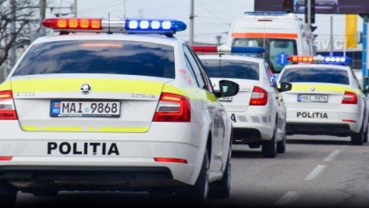 """Operaţiunea """"Girofar"""".  Mai mulţi şoferi, sancționați pentru că nu au acordat prioritate în trafic mașinilor speciale"""