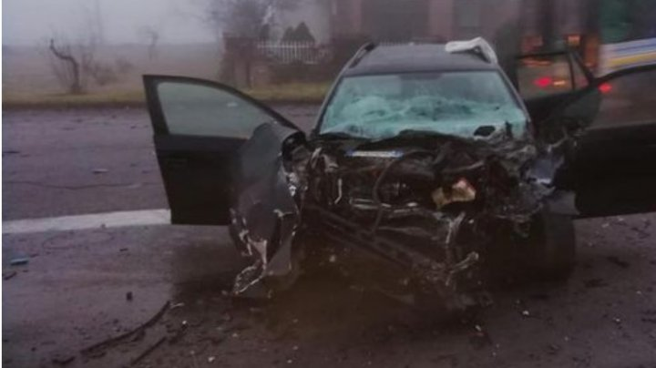 Un general de brigadă din Italia se zbate între viaţă şi moarte, după ce a intrat cu maşina într-un TIR condus de un moldovean