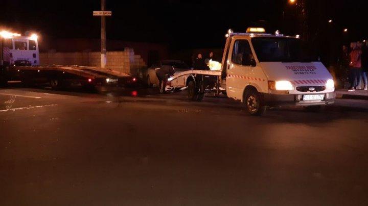 ACCIDENT GRAV la Ungheni. Două automobile au ajuns în gardul unei gospodării