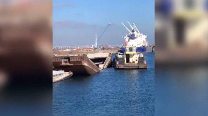 O barjă sub pavilion slovac s-a scufundat în portul Constanţa Sud-Agigea