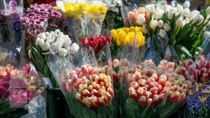 Serviciul Fiscal de Stat, cu ochii pe vânzătorii de flori din ţară, în ajun de Sfântul Valentin