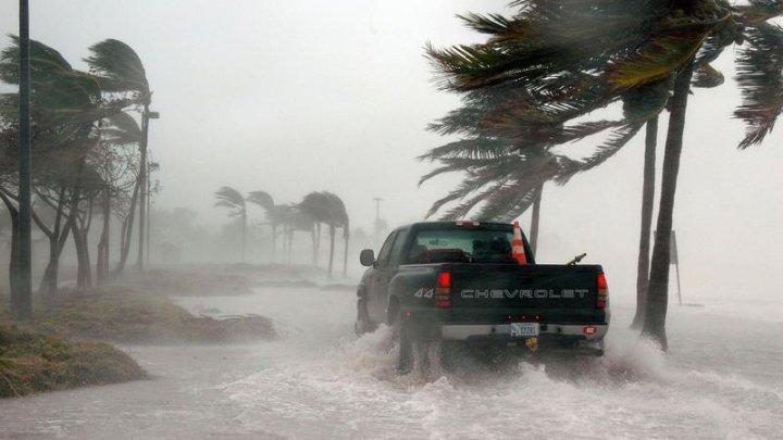 Americanii se pregătesc pentru sezonul uraganelor. Care sunt numele furtunilor din acest an