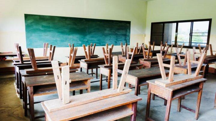 Toate şcolile din Japonia, închise până în aprilie din cauza coronavirusului