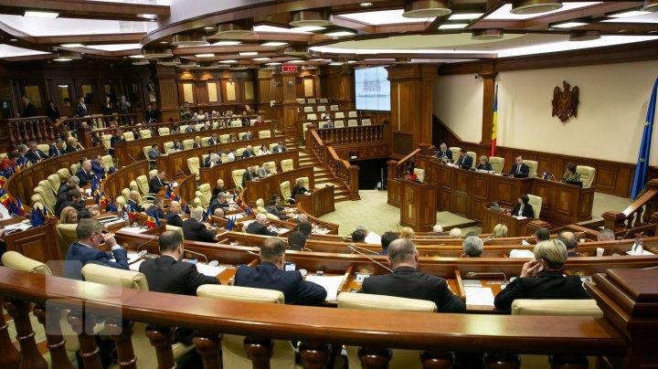 Socialiştii, ÎNVINUIŢI de PAS şi PPDA că trişează la procedura de vot în plenul legislativului