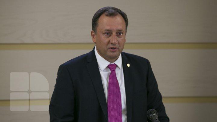 Denis Ulanov vine cu precizări în ajunul ședinței Parlamentului, la care i-ar putea fi ridicată imunitatea