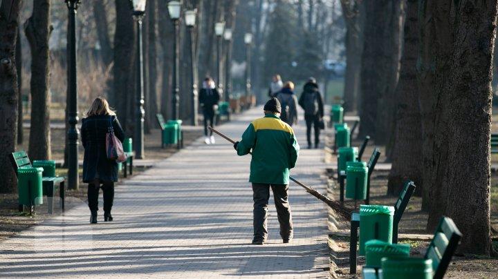 Cu ce este măturat Chișinăul în 2020? (FOTO)