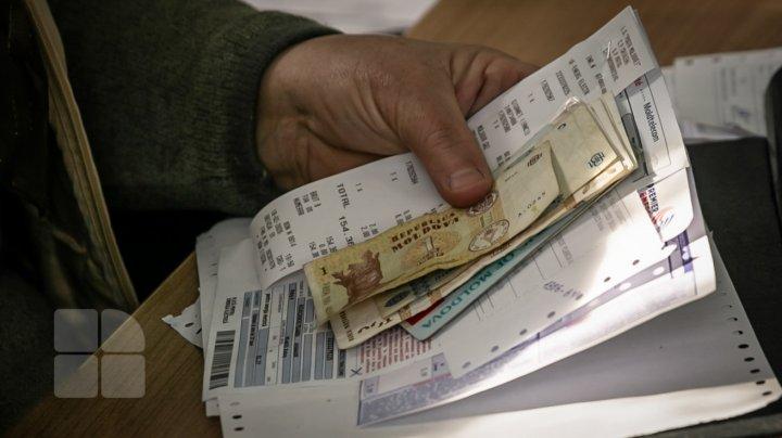 Premii de Hramul Capitalei. 20 de locuitori ai orașului nu vor plăti facturile la încălzire pe luna decembrie