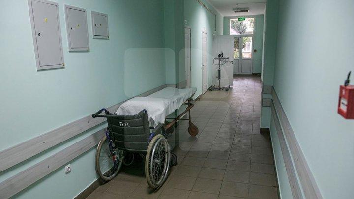 Doi pietoni au ajuns la spital după ce au fost loviți violent de automobil