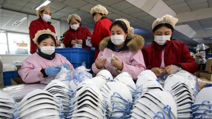 Olanda retrage sute de mii de măşti defecte importate din China