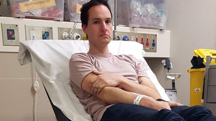 A încercat să conceapă un dispozitiv anti coronavirus, dar a ajuns la spital